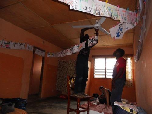 montage des ventilateurs au plafond