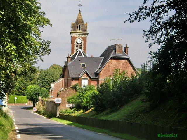 Gricourt. Mairie, église.  dans Paysages urbains et autres p8271311