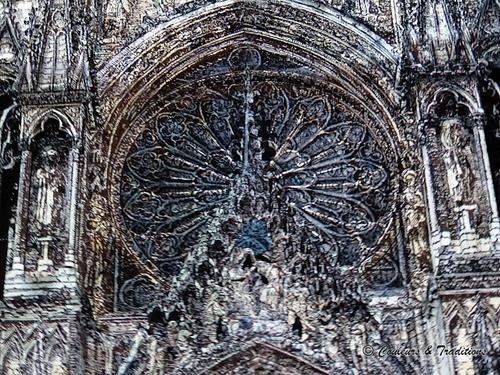 Spectacle de nuit sur la cathédrale de Reims - 2