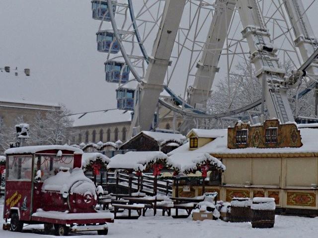 Marchés de Noël 2010 sous la neige 1 mp1357 - 22