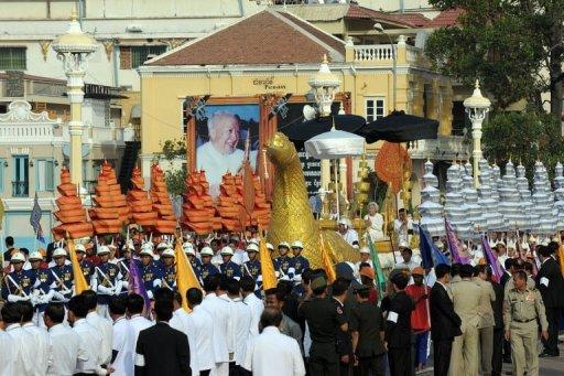 les funérailles de Norodom Sihanouk se terminent