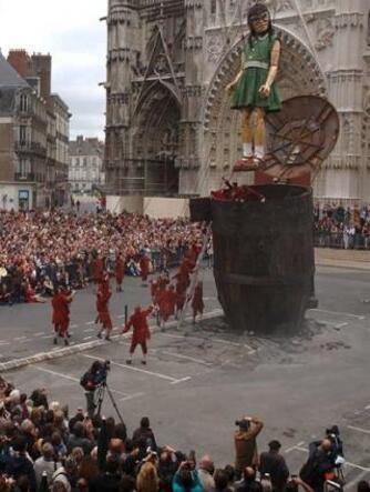 Nantes : la compagnie Royal de Luxe