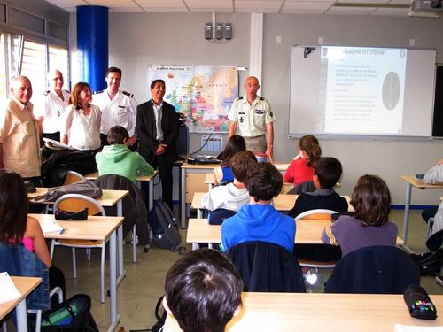 Cassis: Les collégiens des Gorguettes s'éduquent à la défense