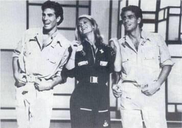 1983, Tangue Au