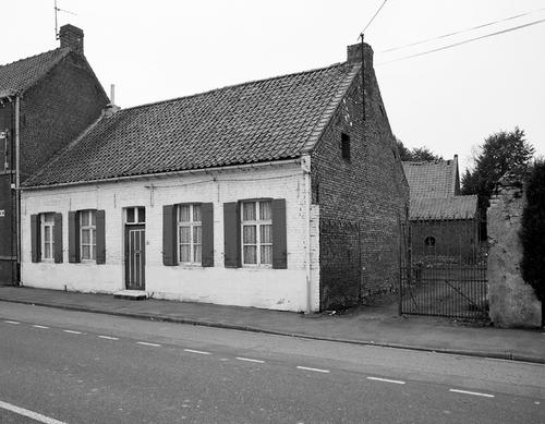 Journal d'un curé de campagne au 17ème siècle - 13 - Reconstruction d'une demi maison paroissiale