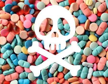 - Près de 34 000 décès par an sont liés aux médicaments en France