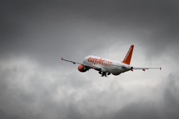 Easyjet : une clef à molette coincée dans l'aile découverte par un passager
