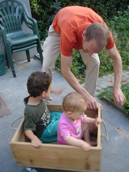 10 août '13 - Une caisse à savon comme l'ancienne ou une caisse pour Duplo
