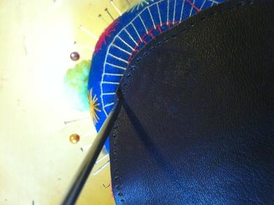 Projet Steampunk : mes débuts dans le travail du cuir