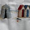 Brigitte avancé de ses cabines de plage