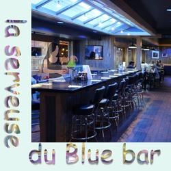 la serveuse du Blue bar