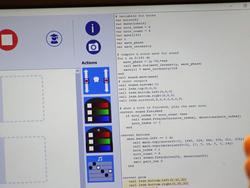 Wolu1200 : Manque d'informaticiens? Dans cette école bruxelloise, les enfants apprennent à programmer un robot dès la maternelle