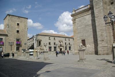 AVILA - place de la cathédrale