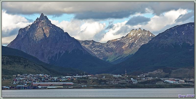 Ushuaïa (Terre de Feu) : appareillage du Lyrial direction Falkland (Malouines)