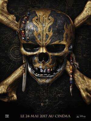 PIRATES DES CARAÏBES : LA VENGEANCE DE SALAZAR : Jack Sparrow et ses compagnons se lancent dans la quête du Trident de Poséidon, sur lequel le Capitaine Teague détient des informations précieuses. Cet artefact légendaire, qui donne tous les pouvoirs sur les océans, est leur seul moyen d'échapper aux fantômes du redoutable Capitaine Salazar, échappés du Triangle des Bermudes pour éliminer tous les pirates des océans. ...-----...Date de sortie 24 mai 2017 De Joachim Rønning, Espen Sandberg Avec Johnny Depp, Javier Bardem, Brenton Thwaites plus Genres Action, Aventure, Fantastique, Comédie Nationalité Américain