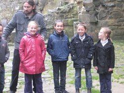 Les CE1 au château de la Hunaudaye