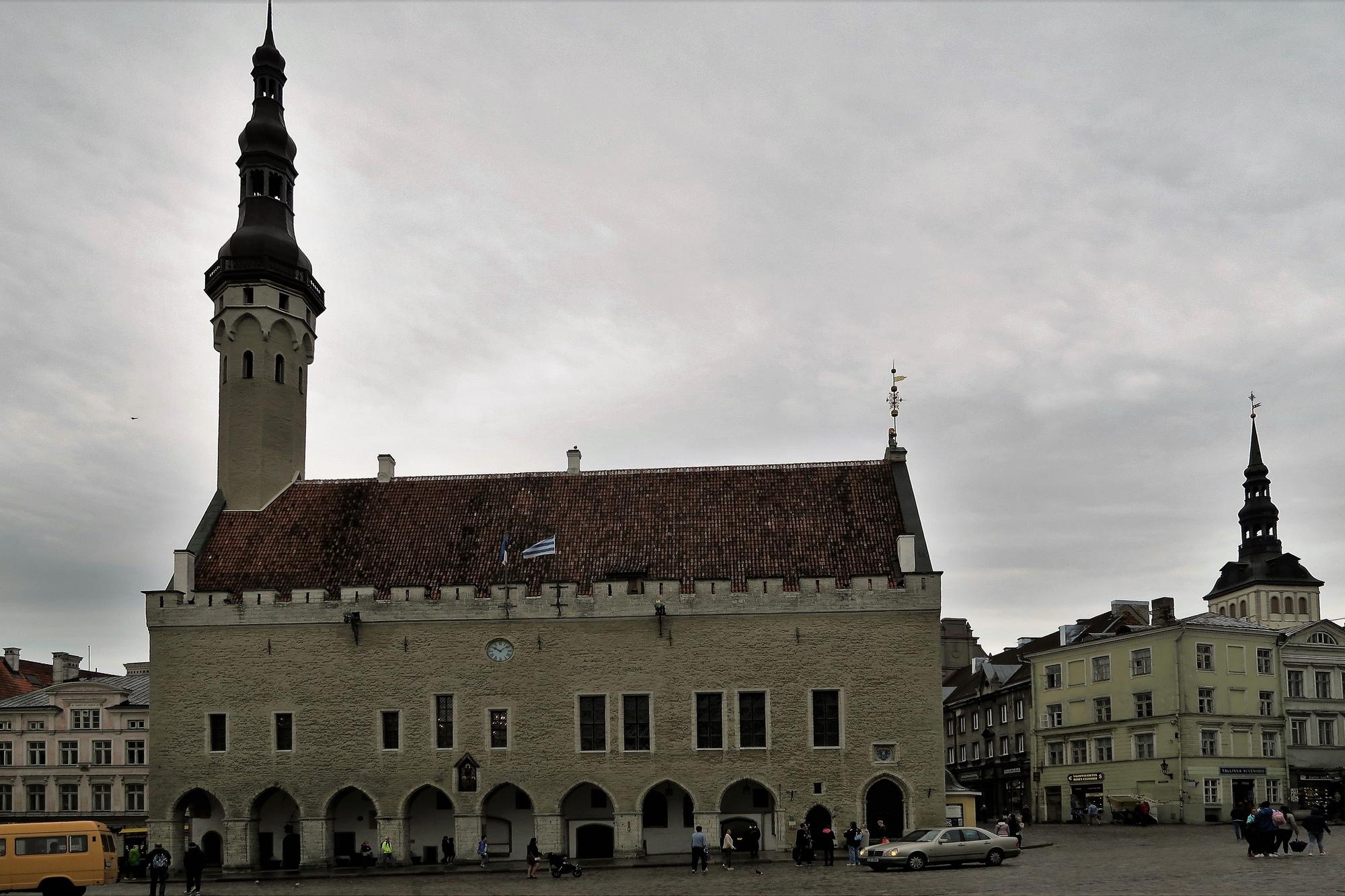 TALLINN (EST) l'Hôtel de ville