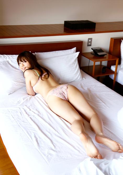 WEB Magazine : ( [Young Magazine Gravure Net] - Young Magazine - 2012 / N°26 - Nana Ozaki, Ayaka Sayama & Shizuka Nakamura )
