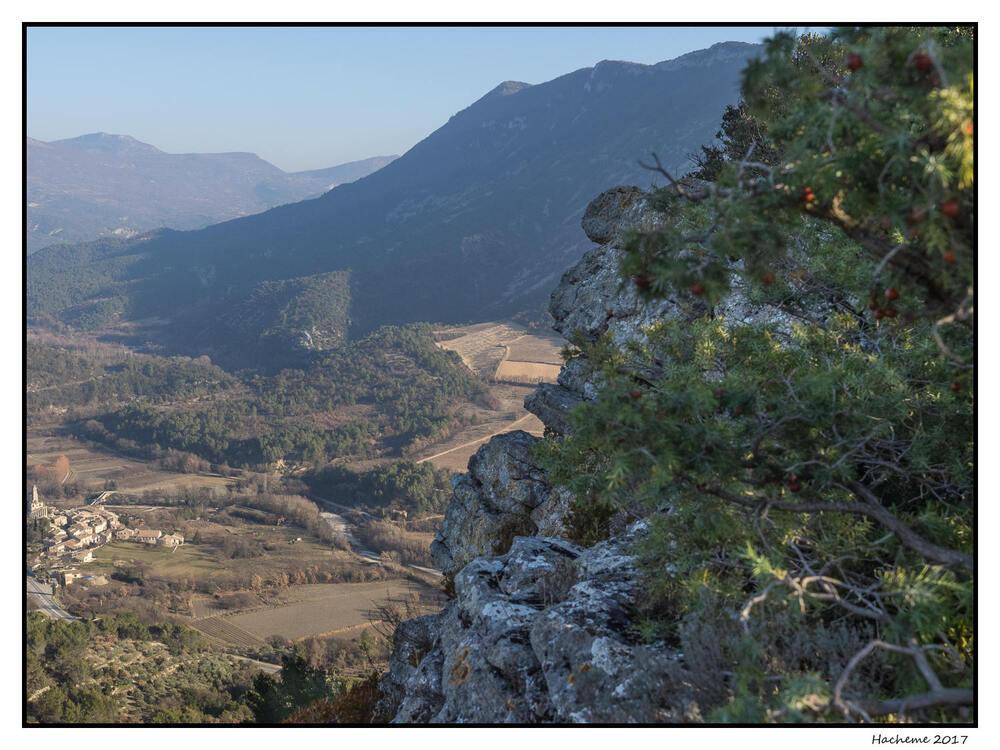 Le Châtelard : panorama depuis le sommet