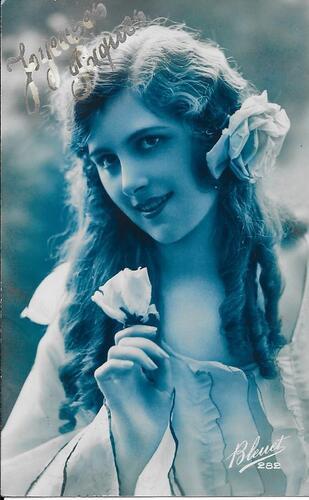 femme année 1924