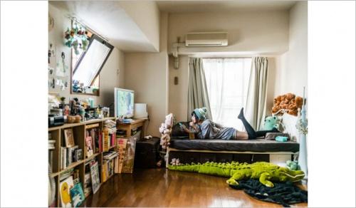 Mirin & Nemu show us there wotaku Rooms.
