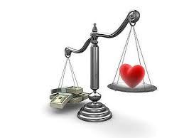 LOVE  vs  MONEY :LA JEUNESSE FACE A SON ÉTERNEL CASSE-TÊTE?