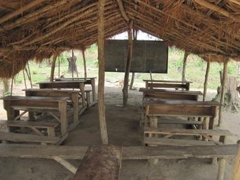 182 Togo Ecole de brousse