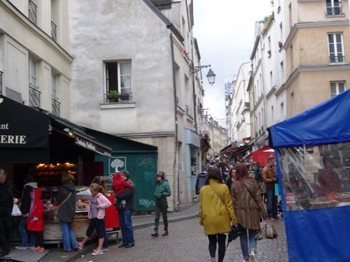 Rue Mouffetard à Paname, le 1er mai (photos)