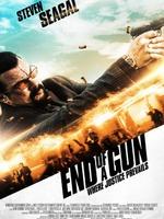 END OF A GUN : La vie d'un ex-agent de la DEA prend un virage inattendu après qu'il se soit porté au secours d'une séduisante femme. Il se retrouvera la cible d'une chasse à l'homme alors qu'un caïd disjoncté fera tout pour récupérer 2 millions de dollars d'argent sale. ...-----... Origine : Américain Réalisation : Keoni Waxman Acteur(s) : Steven Seagal,Florin Piersic Jr.,Jonathan Rosenthal Genre : Action Année de production : 2016