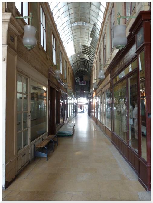 Passage du Bourg l'Abbé. Paris.