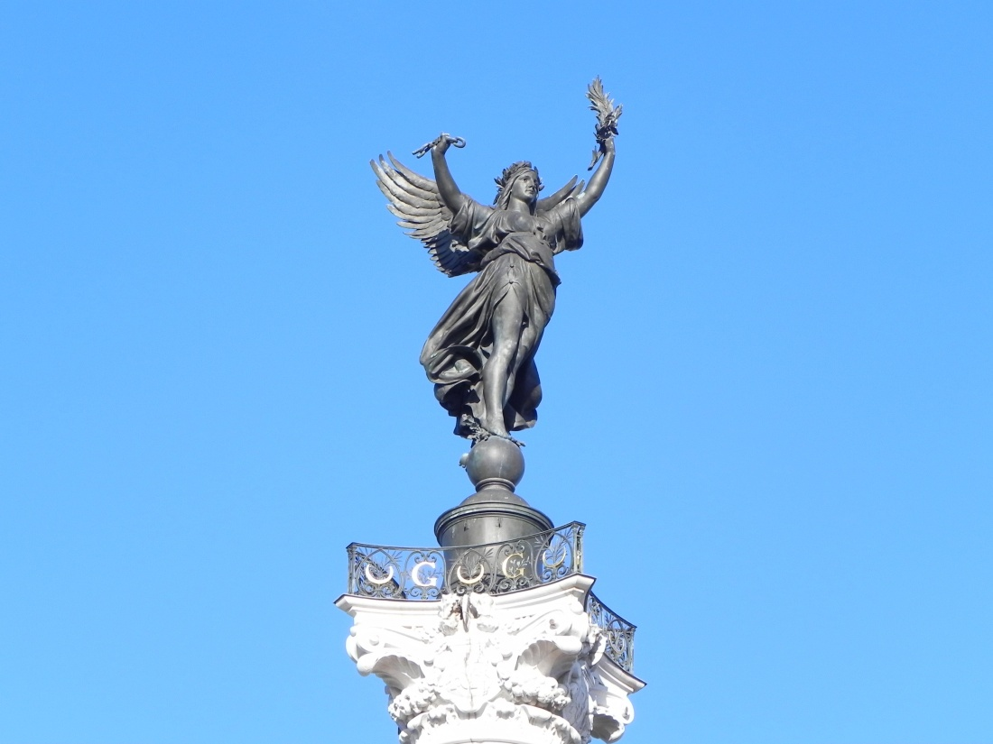 Le monument aux Girondins 33