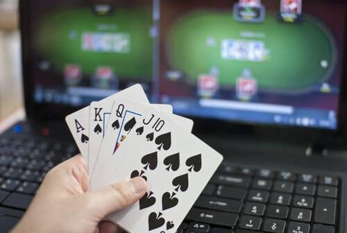 How to Play Online Poker Gambling Using a Smartphone