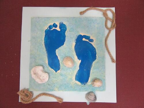 Fête des pères 2018/ cadre empreintes des pieds dans le sable ....