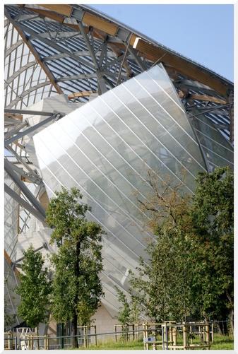 Fondation Louis Vuitton au Jardin d'Acclimatation.