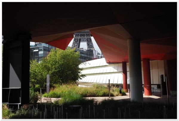 Jardin du musée du Quai Branly. Paris