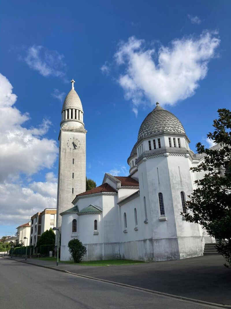 Église à Pau.