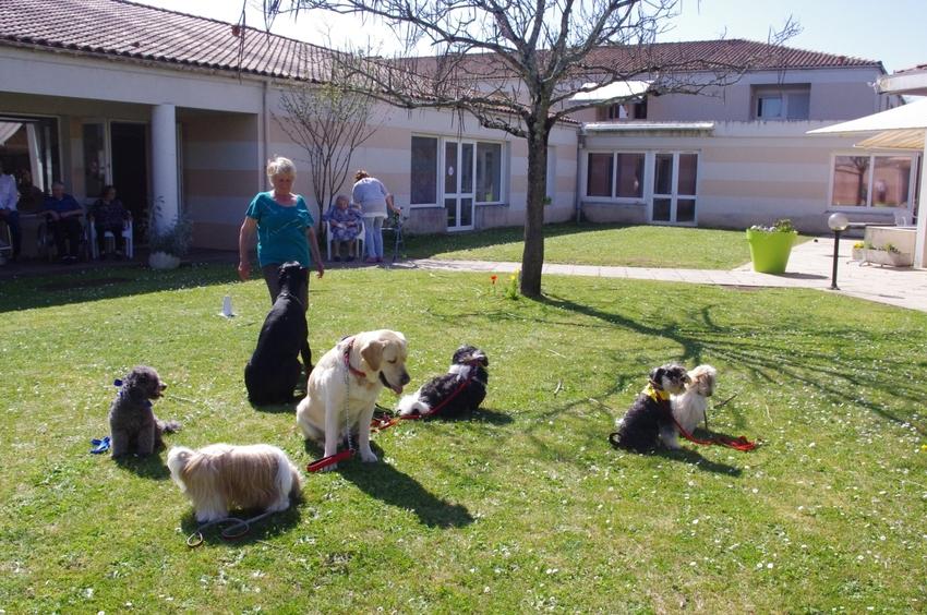Visite à la maison de retraite de Le Gua