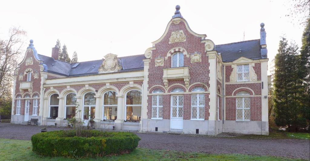 Le Château des Ormes | Lambersart OFFRES ACTUALISÉES 2020 à partir de 79 €,  Photos et Avis