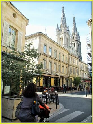 au carrefour de la rue Notre Dame et de la rue Cornac