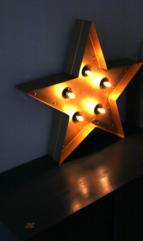 La grande étoile dorée