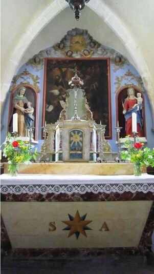 Le tableau de la Chapelle Saint-Anne à Courcelles enfin restauré