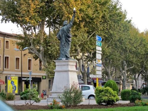 Lunel statue de la Liberté 4