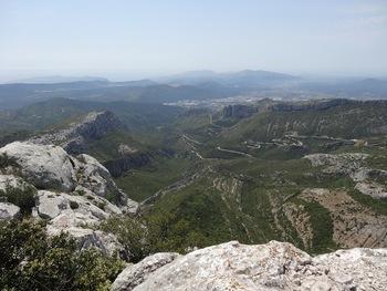 Depuis le sommet, vers Aubagne et Marseille