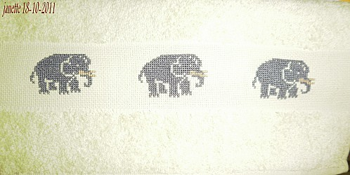 serviette-elephants.JPG