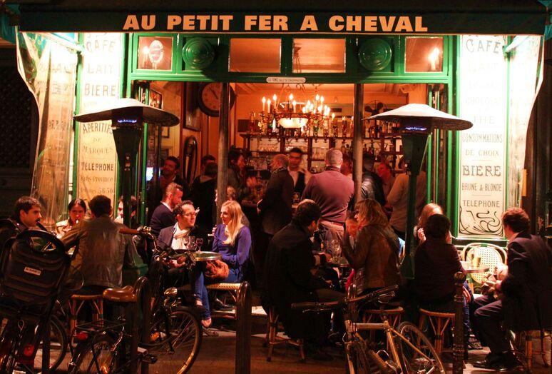 Le Petit Fer à Cheval | Bars à Le Marais, Paris