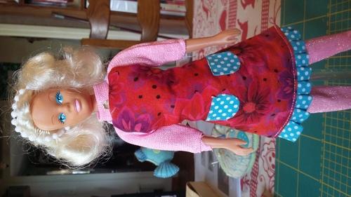 Garde robe pour barbie