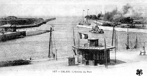 La modeste capitainerie hexagonale inaugurée en 1861