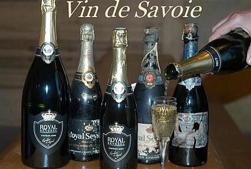 le-cave-lambert-possede-encore-des-bouteilles-de-1921-photo.jpg