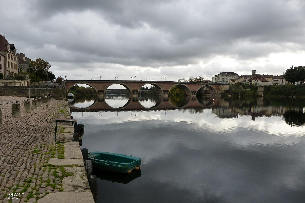 Le pont sur la Dordogne à Bergerac