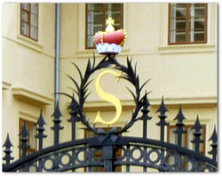 Prague , la ville aux cent Clochers.